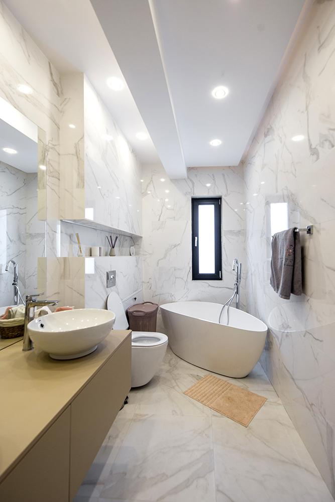 baie cu marmura