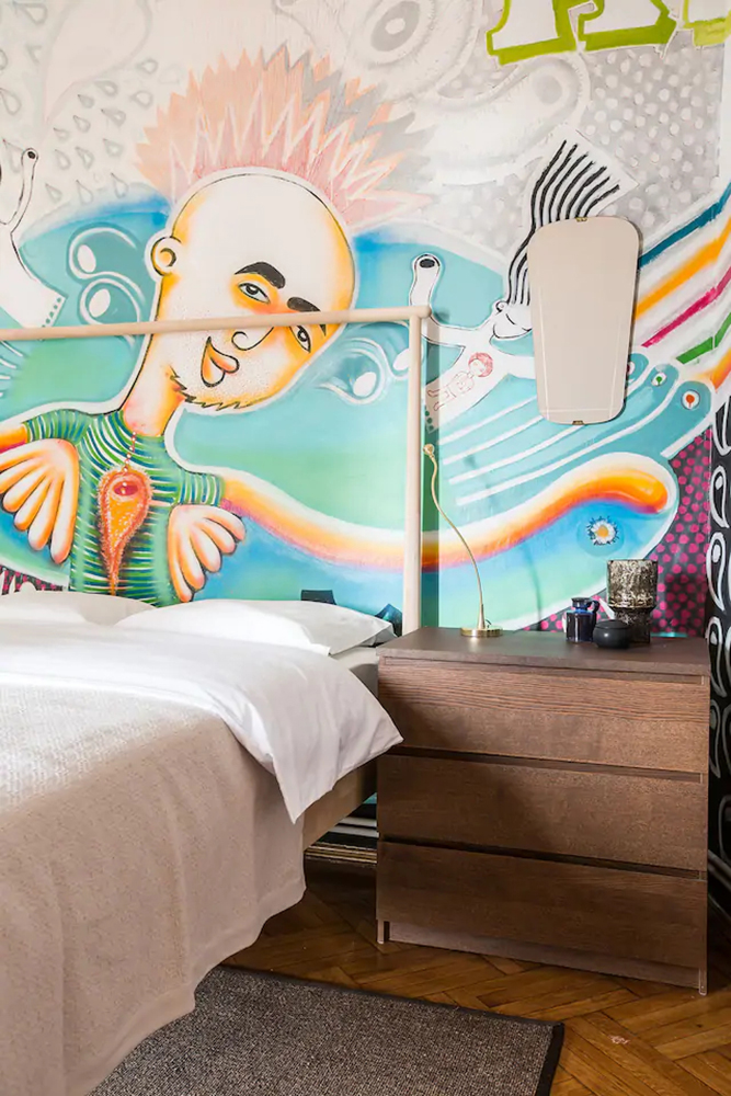 graffiti în dormitor