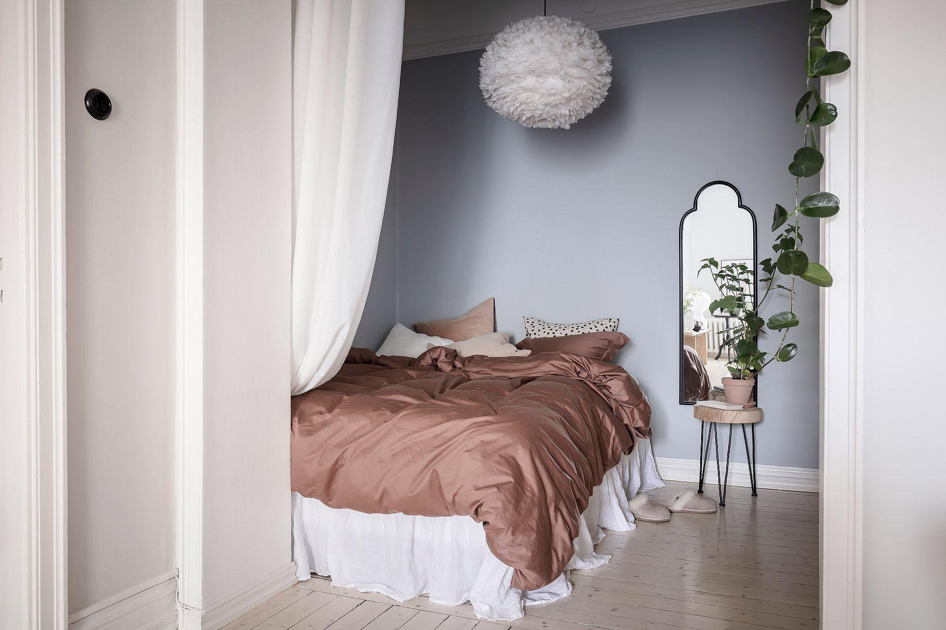 Cromatică relaxantă și decor scandinav într un apartament de 50 m² 14