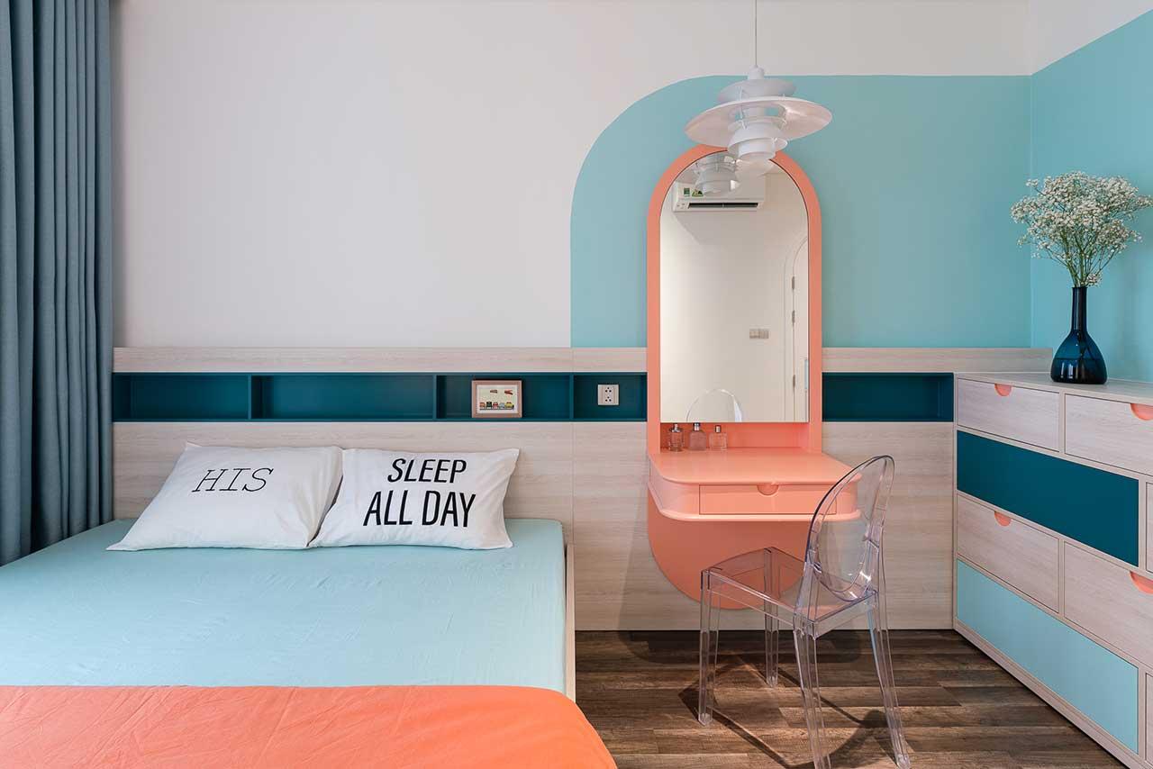 Turcoaz roz piersică și portocaliu într un apartament plin de personalitate din Vietnam 14