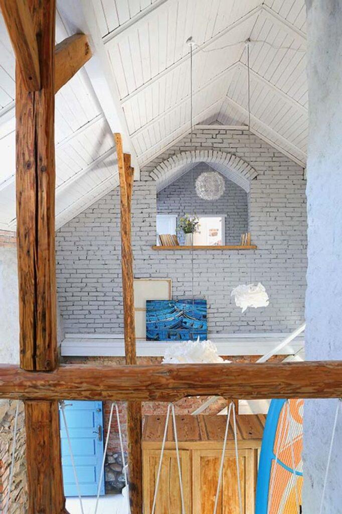 Decor rustic boem și colorat într o casă din Ełk Polonia 11