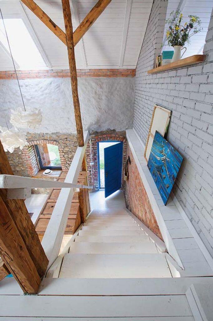 Decor rustic boem și colorat într o casă din Ełk Polonia 7