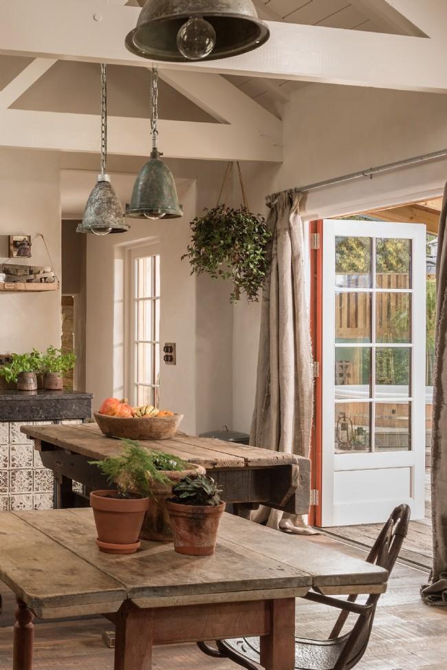 Decor rustic cu accente vintage într o casă de vacanță din Cornwall UK 6