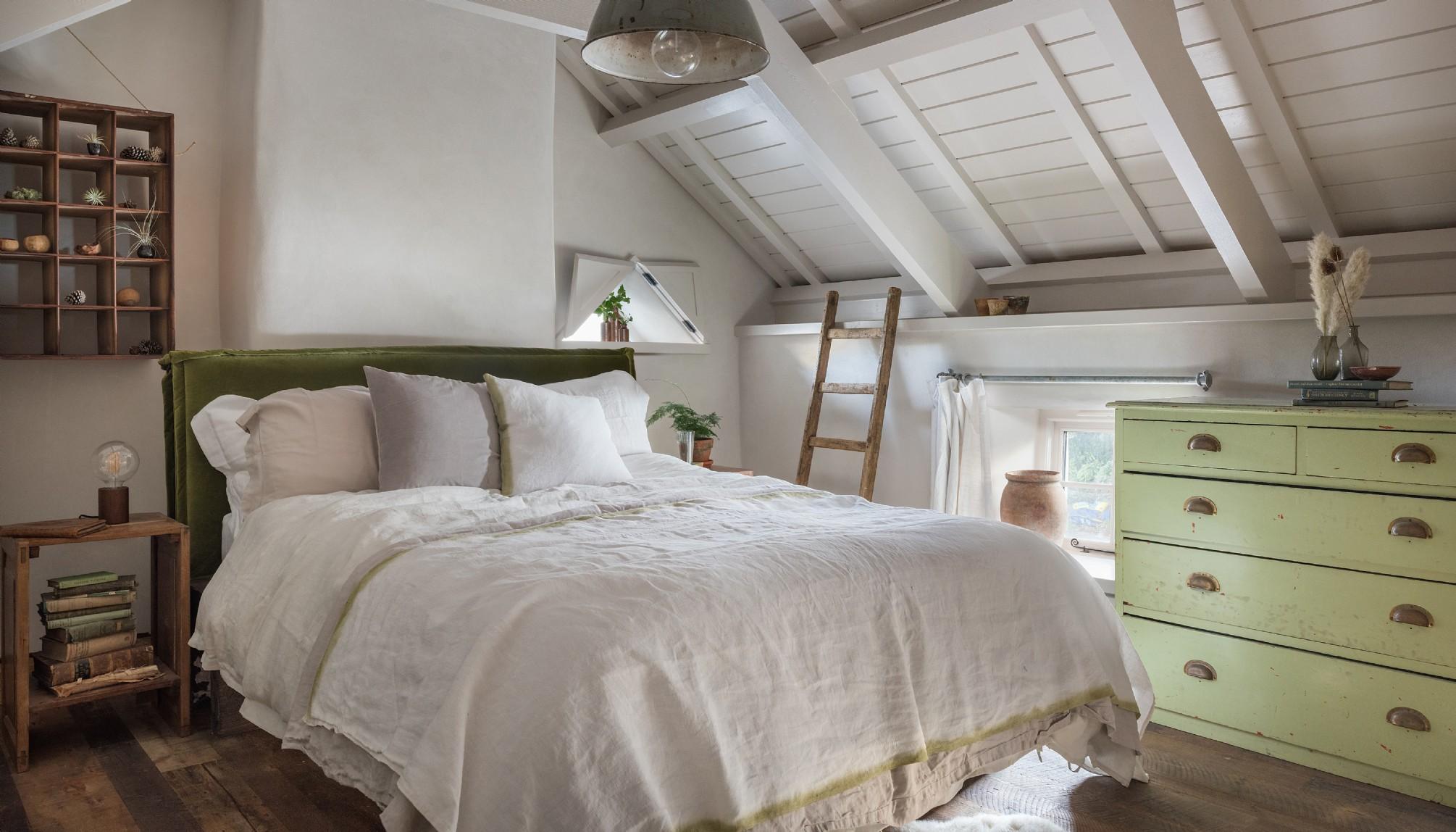 Decor rustic cu accente vintage într o casă de vacanță din Cornwall UK 8