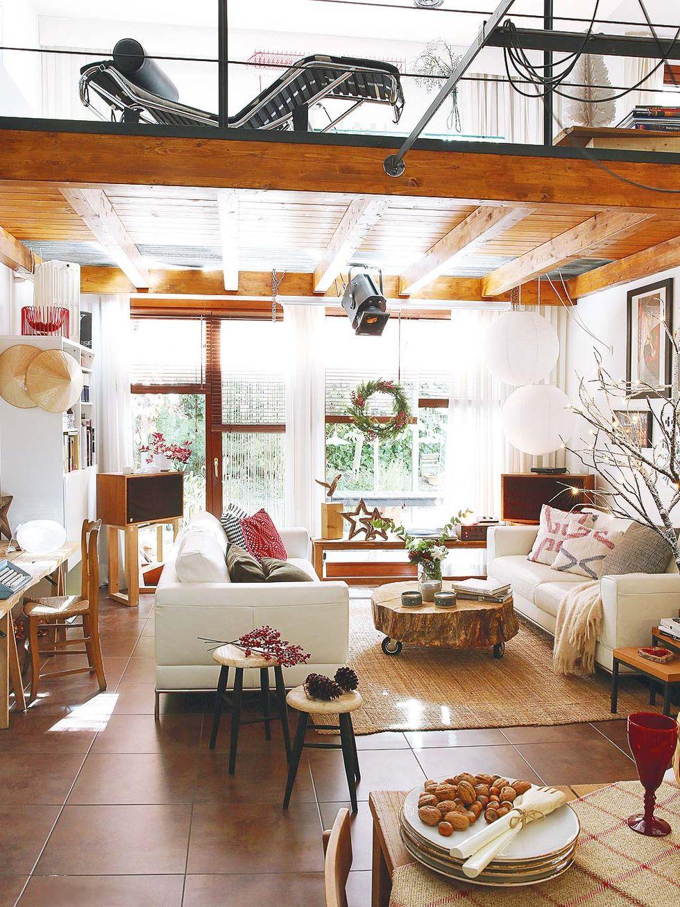 Decor de Crăciun într un apartament pe două niveluri din Madrid 4