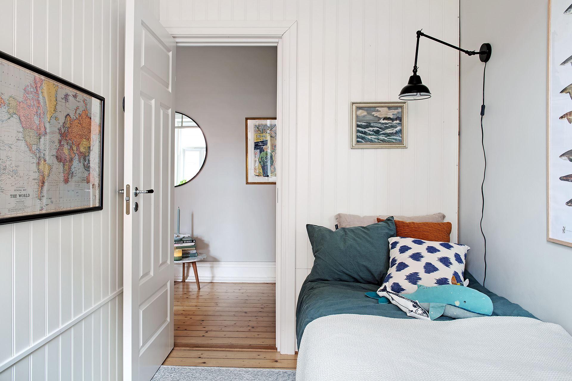 Living pe colț într un apartament de 3 camere de numai 51 m² 8a